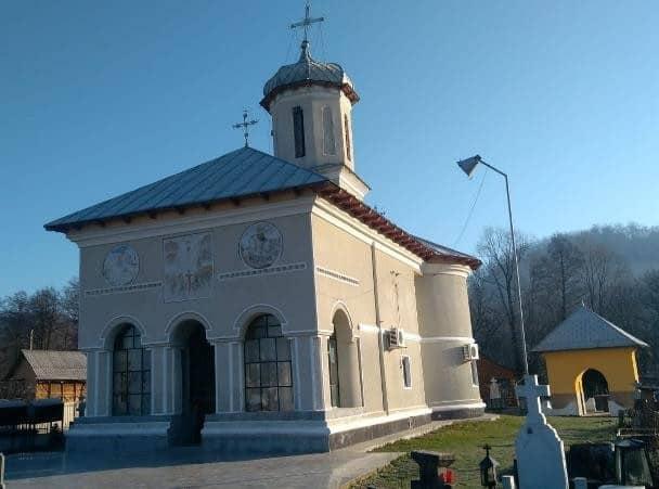 Biserica parohială din Turcești